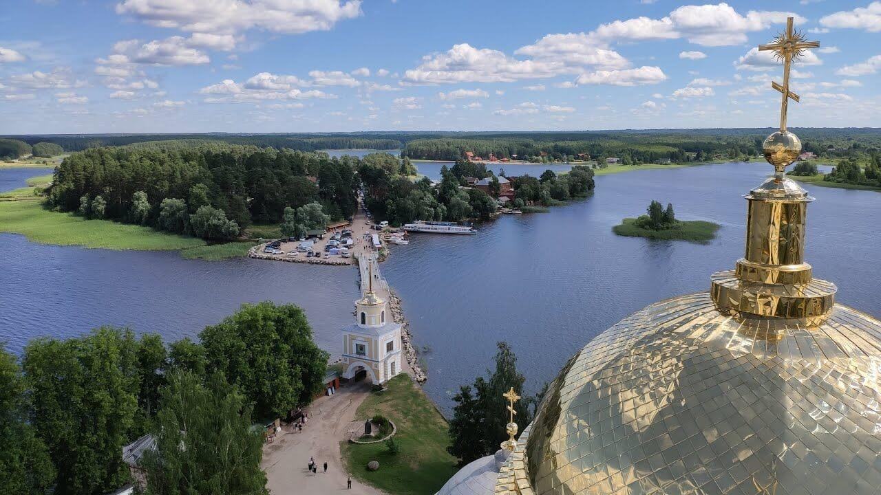 Куда поехать в России летом