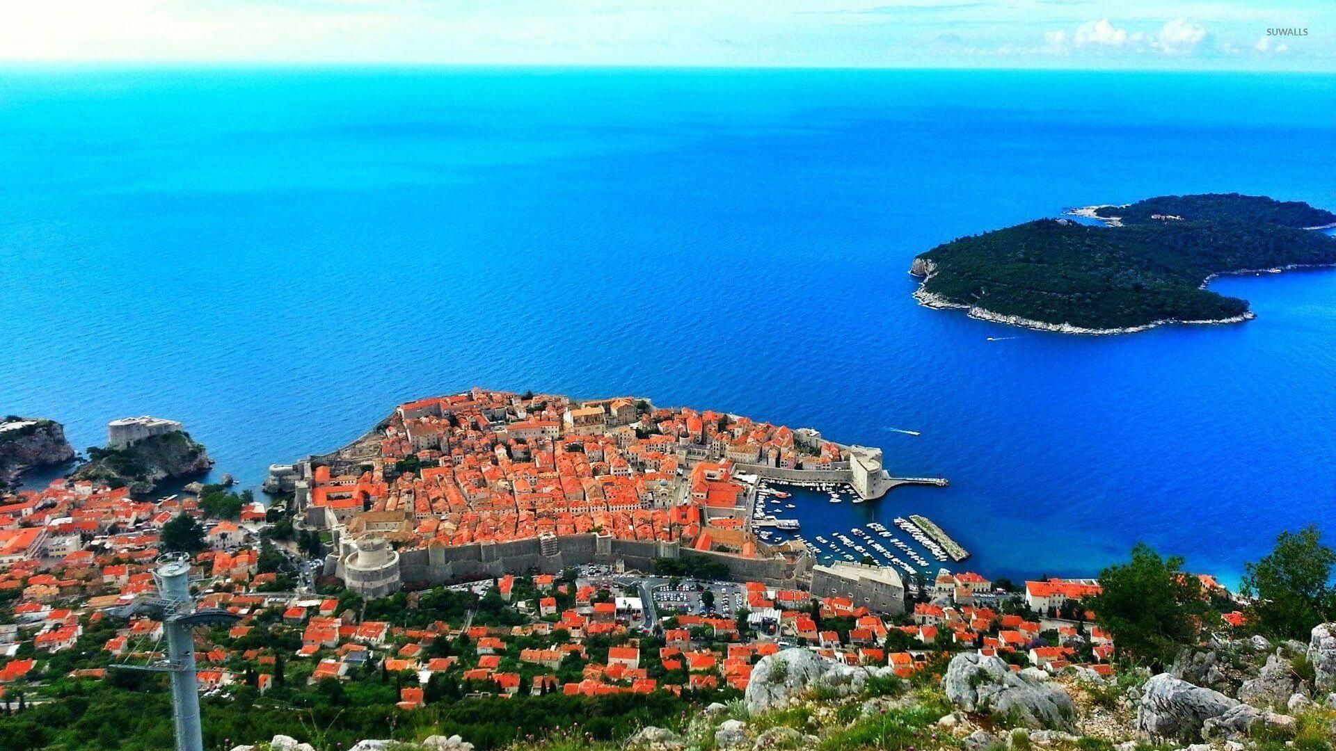 Авиабилет открывающий мир: почему так популярен хорватский Дубровник