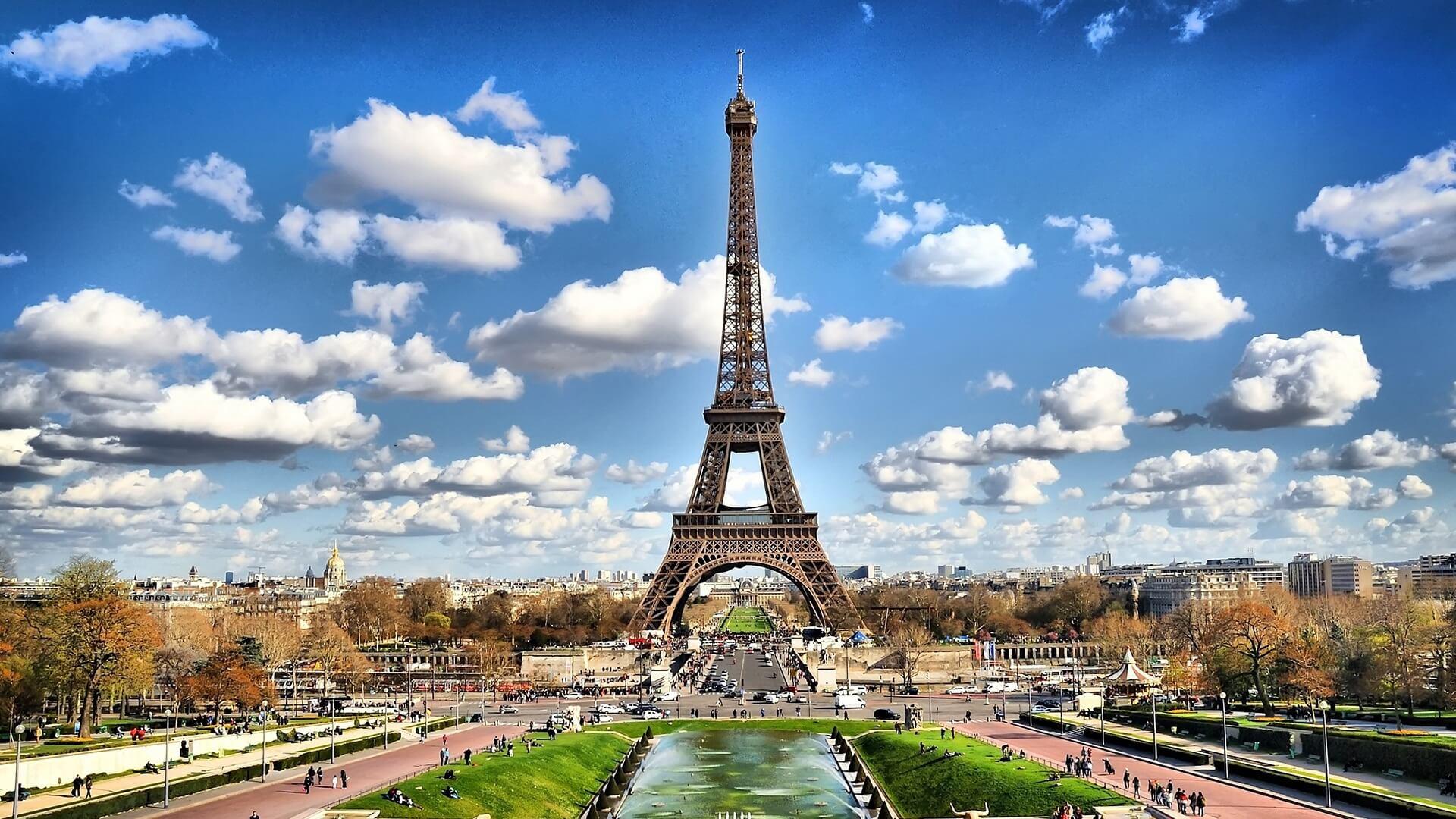 Покупаем дешевые авиабилеты и открываем для себя Францию